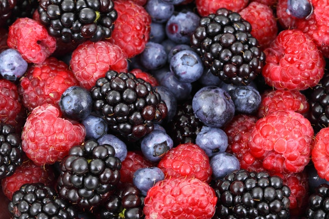 New Year's Fitness Resolution Ideas - eat more fruits and vegetables