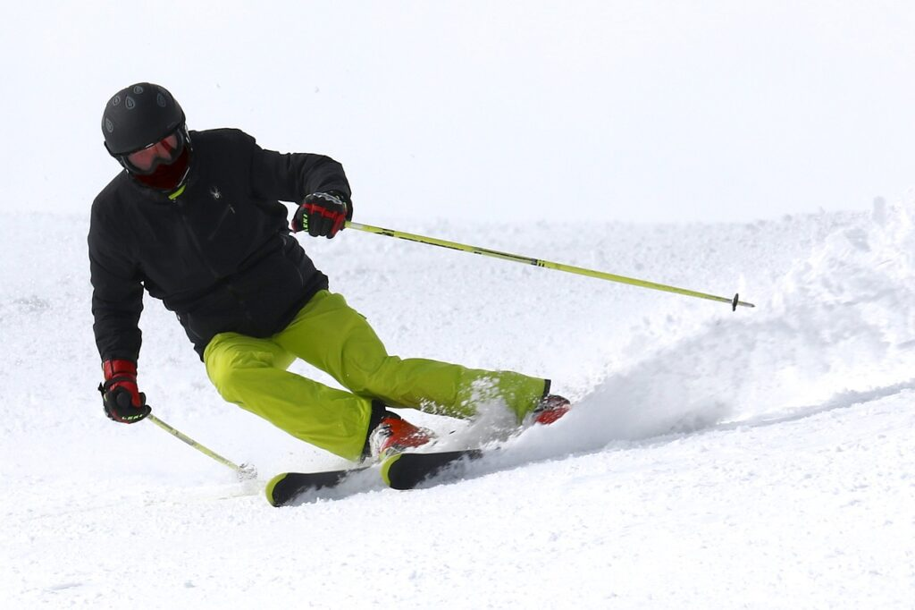 ski, skiing, sport - Which workout burns the most calories?